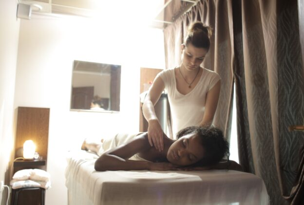 How Massage Therapy Helps with Chronic Pain